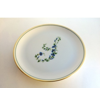 <p>Adaptation<br /> Porcelain</p>