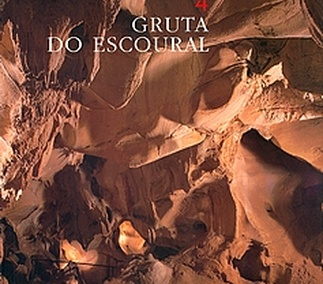 Gruta do Escoural. Roteiro Arqueológico / Archeological Guide