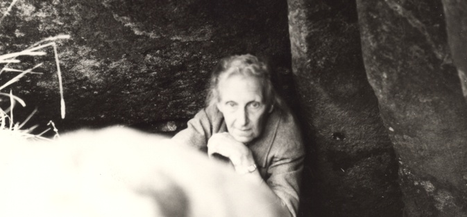 Vera Leisner at the entrance of a cave in Viseu