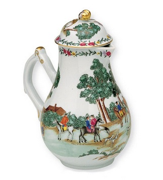 <p>Replica<br />Porcelain<br /><em>Qing</em> dynasty, <em>Qianlong</em> period, 18th century</p>