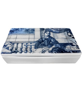 <p>Adaptation<br />Porcelain<br />Lisbon, c.1720-1730</p>