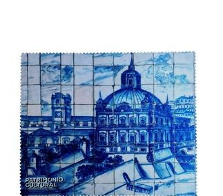 <p>Adaptation<br /> Lisbon, c.1700</p>